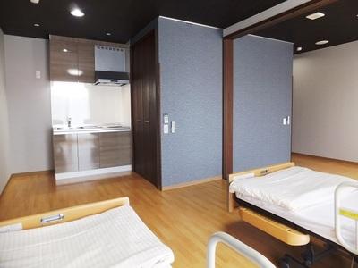 ニチイホーム登戸 夫婦室(5)