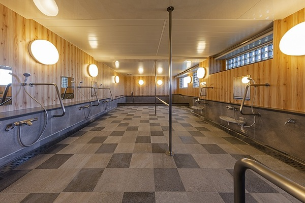 ニチイホームたまプラーザ 改修後の浴室1