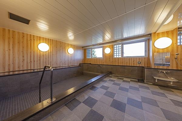 ニチイホームたまプラーザ 改修後の浴室2